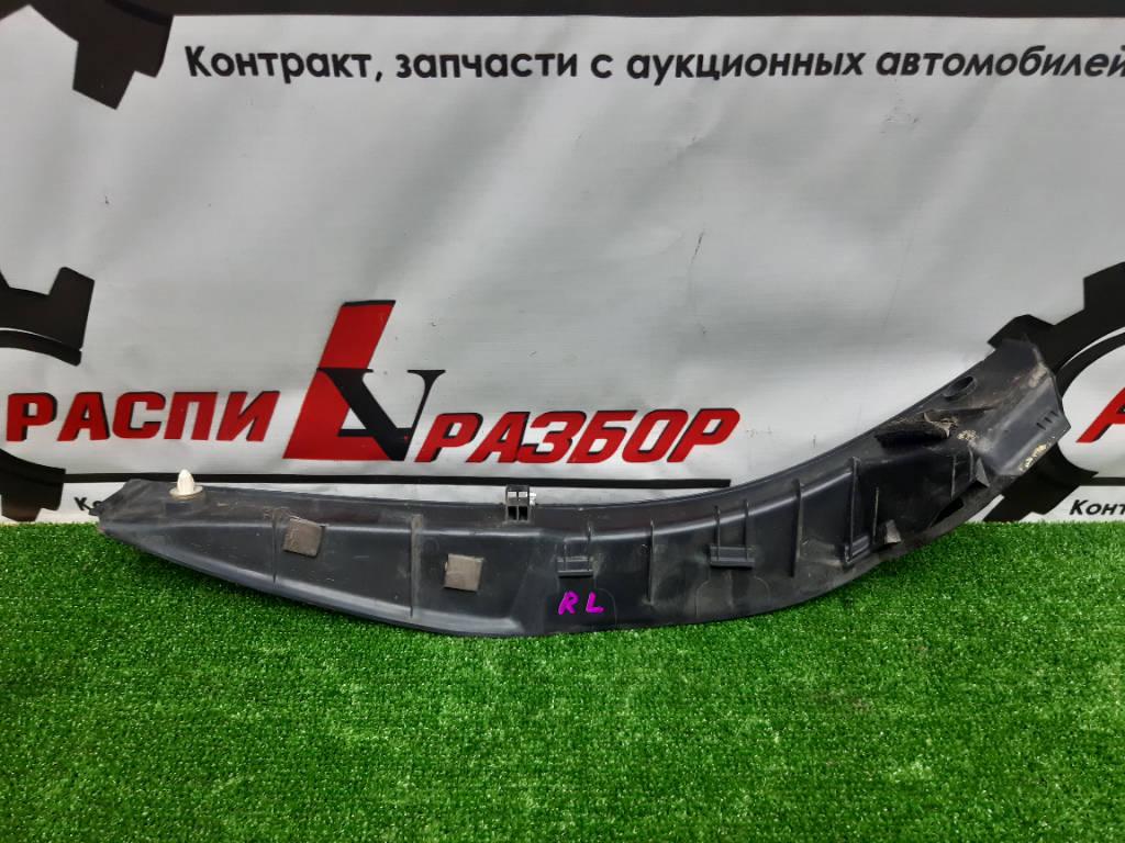 Накладка крышки багажника левая Toyota Harrier 2006 GSU35W 2GRFE Красноярск фото 2