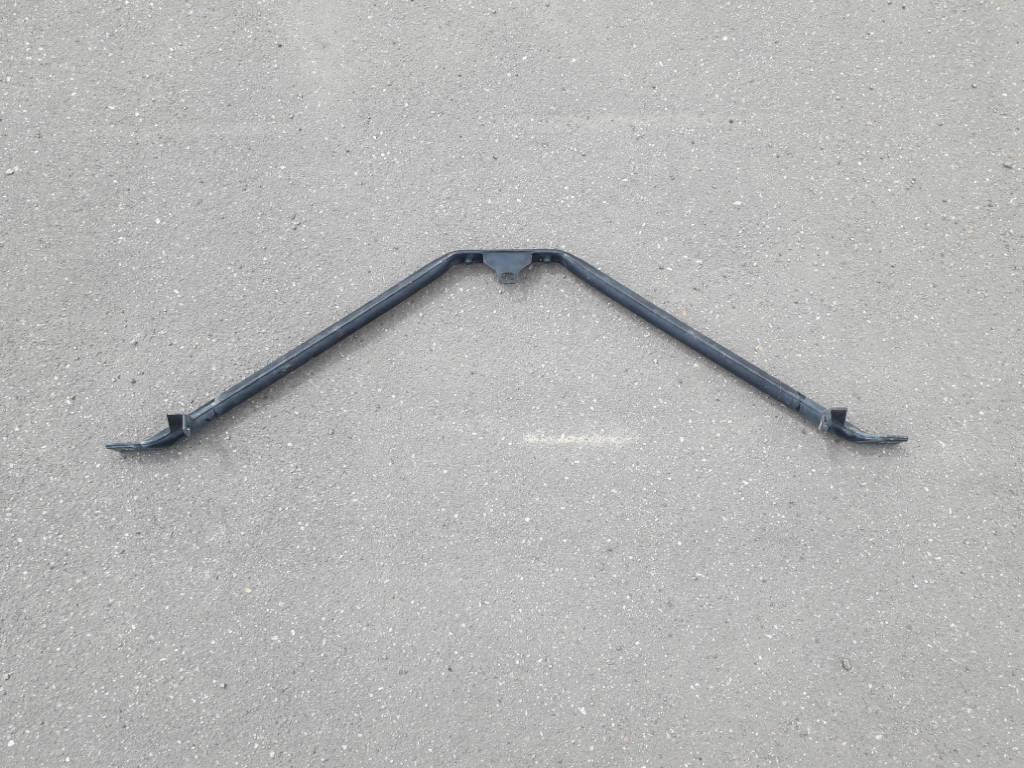 Растяжка панели радиаторов BMW 5-серия E60 E61 M47N2